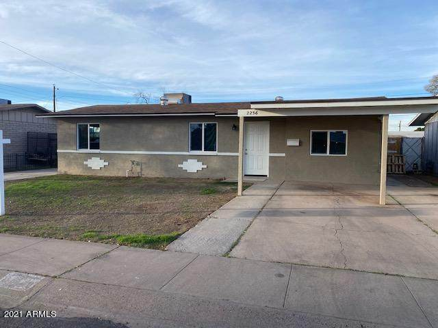 2236 W Lupine Avenue, Phoenix, AZ 85029 (MLS #6195954) :: Yost Realty Group at RE/MAX Casa Grande
