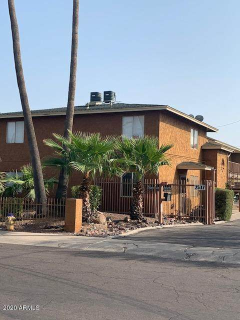 2537 W Georgia Avenue #5, Phoenix, AZ 85017 (MLS #6202275) :: Lucido Agency