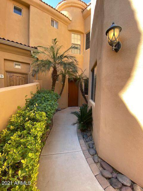 16410 S 12th Street #124, Phoenix, AZ 85048 (MLS #6202647) :: Yost Realty Group at RE/MAX Casa Grande