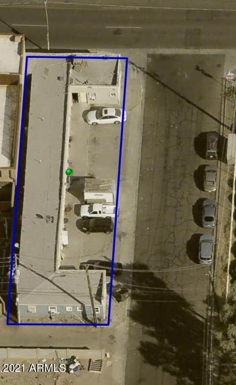 3239 E Van Buren Street, Phoenix, AZ 85008 (MLS #6203149) :: Maison DeBlanc Real Estate