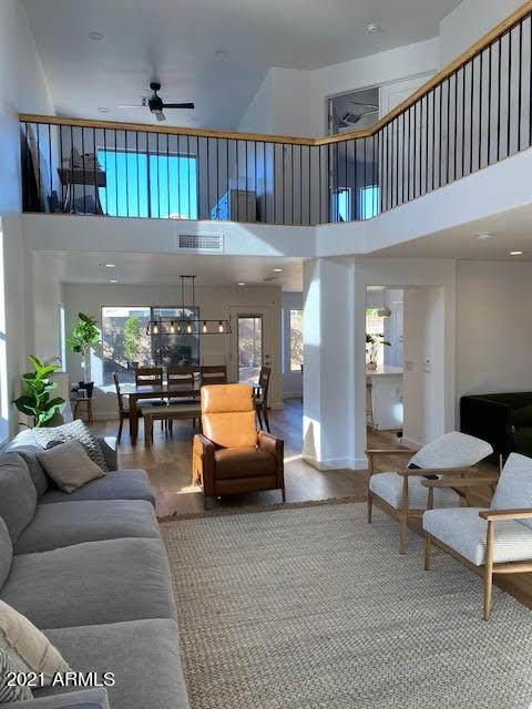 3256 E Kerry Lane, Phoenix, AZ 85050 (MLS #6203335) :: Power Realty Group Model Home Center