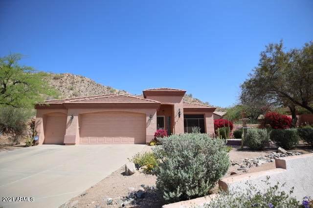 6334 E Viewmont Drive #33, Mesa, AZ 85215 (MLS #6211267) :: Yost Realty Group at RE/MAX Casa Grande