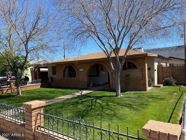 8825 N 28TH Avenue, Phoenix, AZ 85051 (MLS #6213675) :: Yost Realty Group at RE/MAX Casa Grande