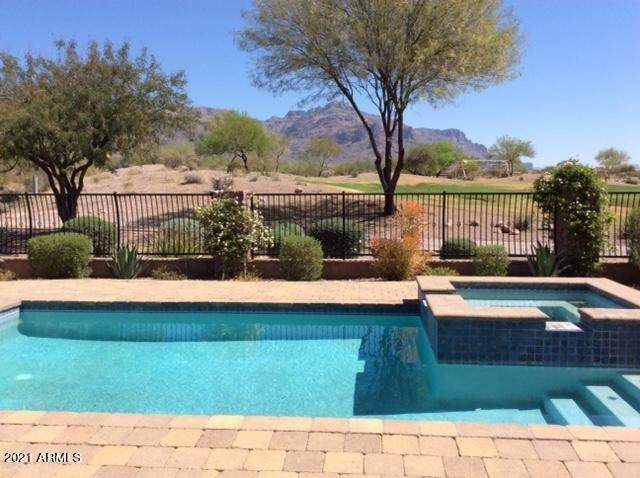 2919 S Prospector Circle, Gold Canyon, AZ 85118 (MLS #6216728) :: The Garcia Group