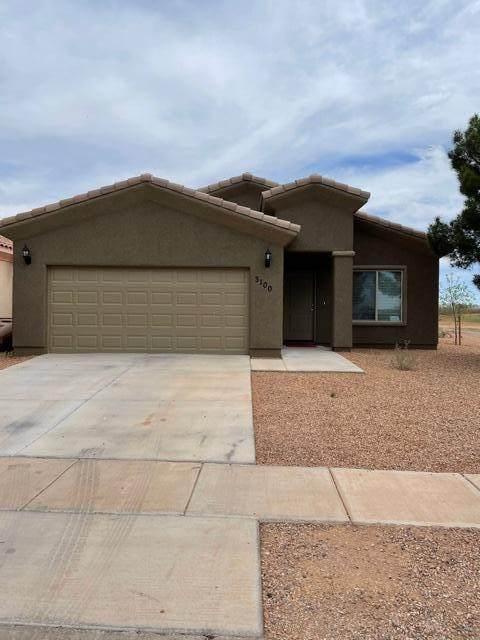 3100 N Camino Perilla, Douglas, AZ 85607 (MLS #6217070) :: Yost Realty Group at RE/MAX Casa Grande