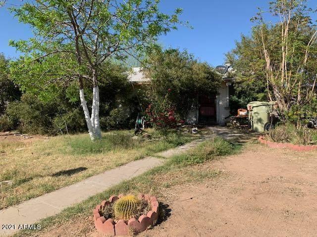 14621 N 52nd Lane, Glendale, AZ 85306 (MLS #6220681) :: The Garcia Group