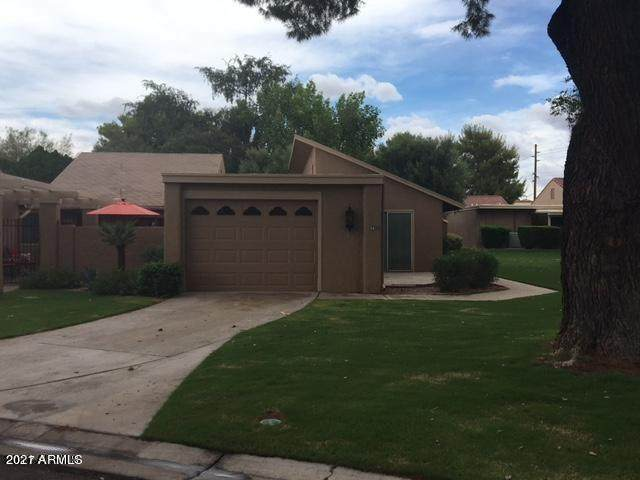 56 Leisure World, Mesa, AZ 85206 (MLS #6221538) :: Long Realty West Valley