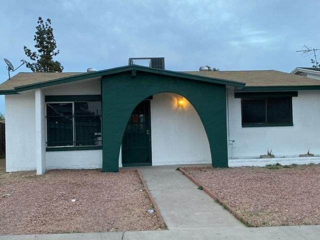 5049 N 42nd Avenue, Phoenix, AZ 85019 (MLS #6223684) :: Klaus Team Real Estate Solutions