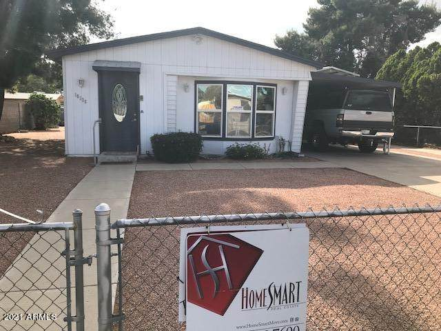 18228 N 2ND Place, Phoenix, AZ 85022 (MLS #6223927) :: The Riddle Group