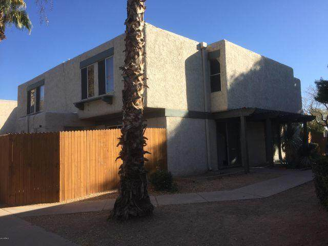 5935 W Golden Lane, Glendale, AZ 85302 (MLS #6224071) :: Howe Realty