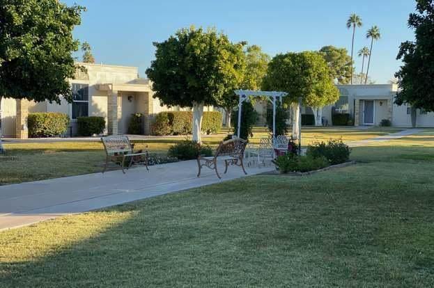 10050 W Royal Oak Road Q, Sun City, AZ 85351 (MLS #6224996) :: Devor Real Estate Associates