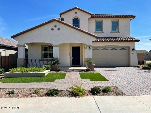 15301 W Linden Street, Goodyear, AZ 85338 (MLS #6228894) :: Yost Realty Group at RE/MAX Casa Grande