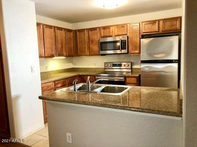 5302 E Van Buren Street #1041, Phoenix, AZ 85008 (#6229555) :: Luxury Group - Realty Executives Arizona Properties
