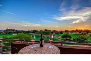15802 N 71ST Street #451, Scottsdale, AZ 85254 (MLS #6230414) :: Dave Fernandez Team | HomeSmart