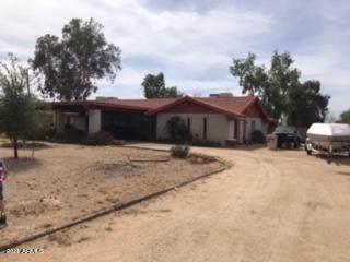 5317 W Wescott Drive, Glendale, AZ 85308 (MLS #6232114) :: Yost Realty Group at RE/MAX Casa Grande