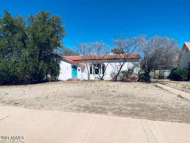 1552 E 12TH Street, Douglas, AZ 85607 (MLS #6239407) :: Yost Realty Group at RE/MAX Casa Grande