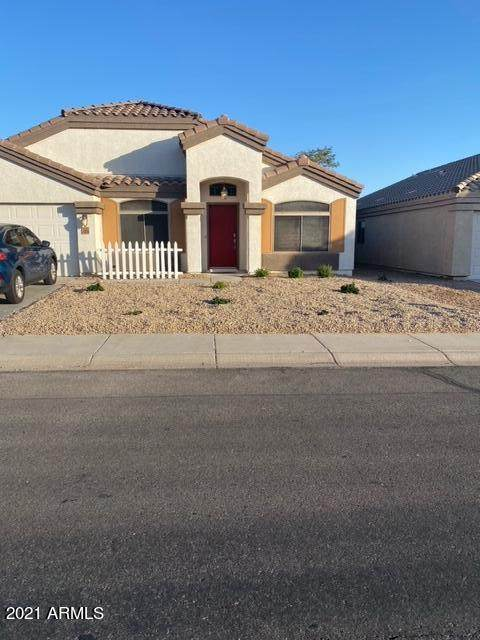 33278 N Roadrunner Lane, Queen Creek, AZ 85142 (MLS #6239559) :: Yost Realty Group at RE/MAX Casa Grande