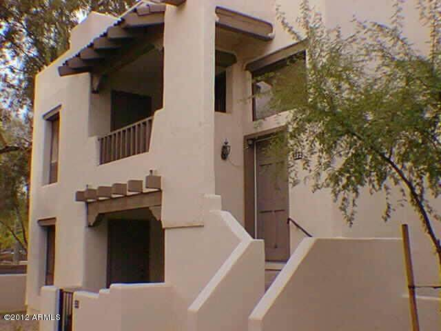 7300 N Dreamy Draw Drive #212, Phoenix, AZ 85020 (MLS #6240330) :: CANAM Realty Group