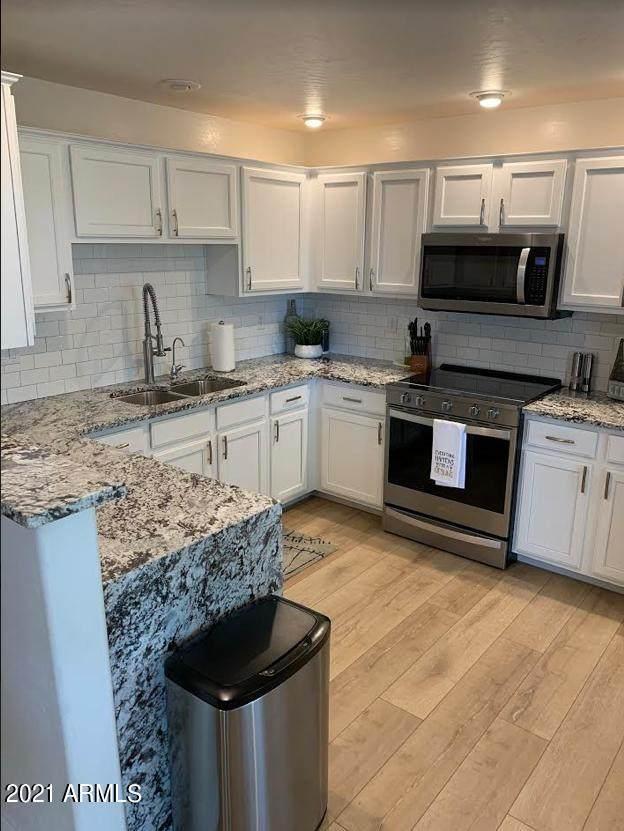 16801 N 94TH Street #1011, Scottsdale, AZ 85260 (MLS #6244593) :: Selling AZ Homes Team