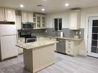 2201 W Lupine Avenue, Phoenix, AZ 85029 (MLS #6247106) :: Klaus Team Real Estate Solutions
