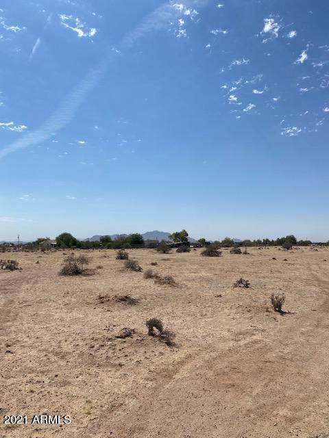 2491 S Thacher Drive, Casa Grande, AZ 85194 (MLS #6250057) :: Yost Realty Group at RE/MAX Casa Grande