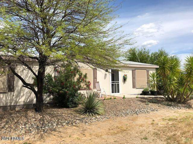 19500 E Gregory Street #29, Black Canyon City, AZ 85324 (MLS #6250282) :: The Dobbins Team
