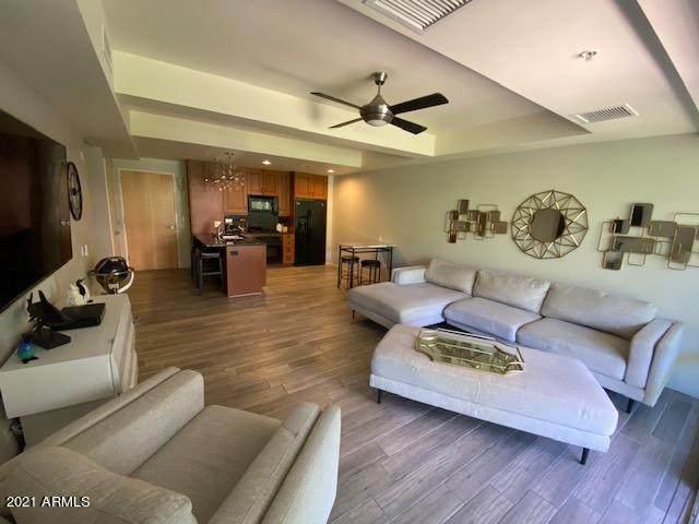 7151 E Rancho Vista Drive E #3003, Scottsdale, AZ 85251 (MLS #6251049) :: The Luna Team