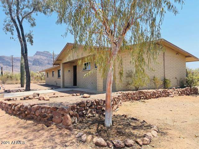 5435 E 12TH Avenue, Apache Junction, AZ 85119 (MLS #6253596) :: Jonny West Real Estate