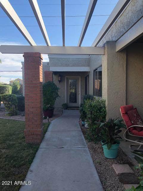 412 Leisure World, Mesa, AZ 85206 (MLS #6253977) :: Arizona Home Group