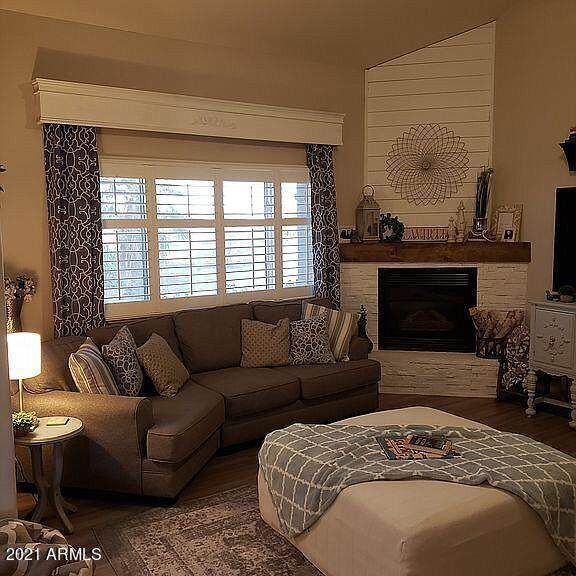 6341 N 126TH Avenue, Litchfield Park, AZ 85340 (MLS #6254008) :: Yost Realty Group at RE/MAX Casa Grande