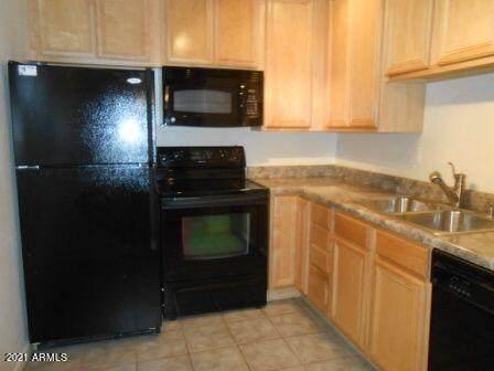 4354 N 82ND Street #117, Scottsdale, AZ 85251 (MLS #6255297) :: Zolin Group