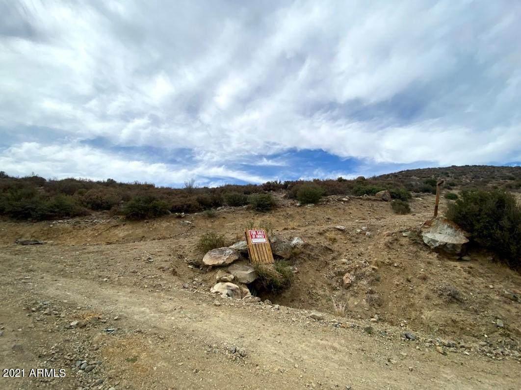 23 Hawk Mountain Trail - Photo 1