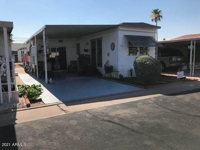 7807 E Main Street E-8, Mesa, AZ 85207 (MLS #6259591) :: Service First Realty