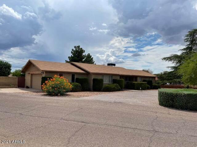 2323 E 9TH Street, Douglas, AZ 85607 (MLS #6261683) :: Executive Realty Advisors