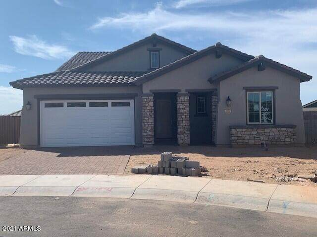 2870 W Kanab Drive, San Tan Valley, AZ 85142 (MLS #6266828) :: CANAM Realty Group