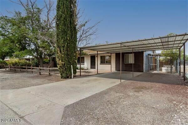 710 N Mesa Avenue, Willcox, AZ 85643 (MLS #6267331) :: Executive Realty Advisors