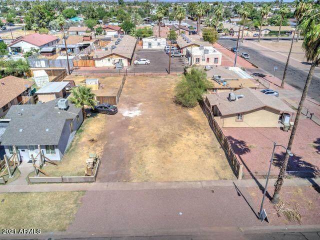 7141 N 55TH Drive, Glendale, AZ 85301 (MLS #6275151) :: neXGen Real Estate