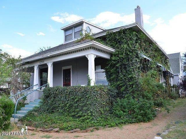 12701 E Main Street E, Mayer, AZ 86333 (MLS #6281037) :: Elite Home Advisors