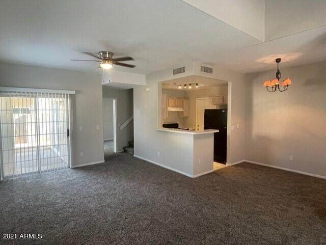 1020 W Pisces Drive, Tempe, AZ 85283 (MLS #6281345) :: Yost Realty Group at RE/MAX Casa Grande