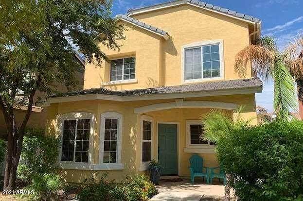 3027 E Hobart Street, Gilbert, AZ 85296 (MLS #6282937) :: Klaus Team Real Estate Solutions