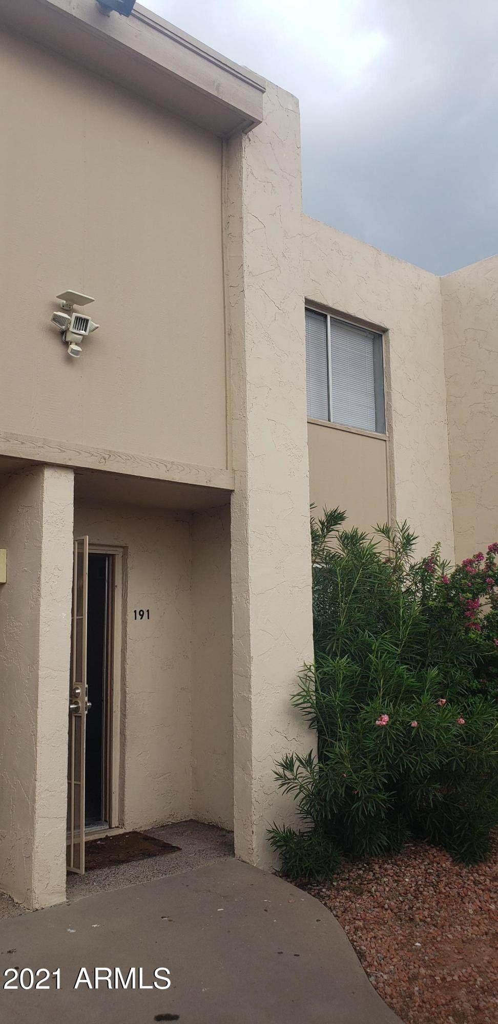 3520 Dunlap Avenue - Photo 1