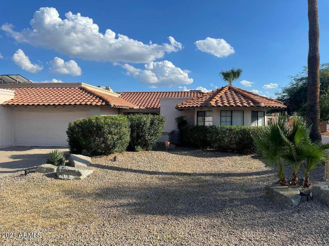 3201 Desert Cove Avenue - Photo 1