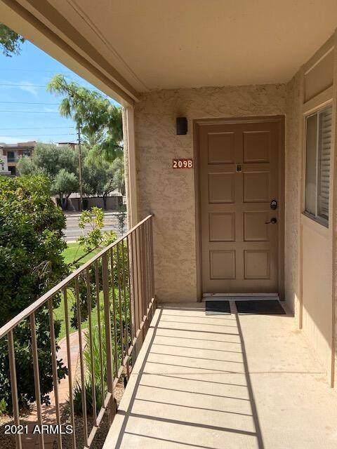 7436 E Chaparral Road B209, Scottsdale, AZ 85250 (MLS #6289886) :: Keller Williams Realty Phoenix