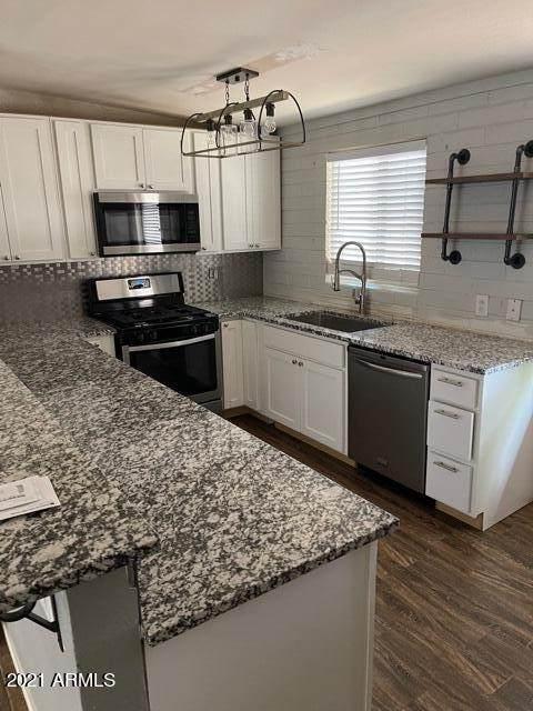 1605 S Farmer Avenue, Tempe, AZ 85281 (MLS #6292017) :: Yost Realty Group at RE/MAX Casa Grande