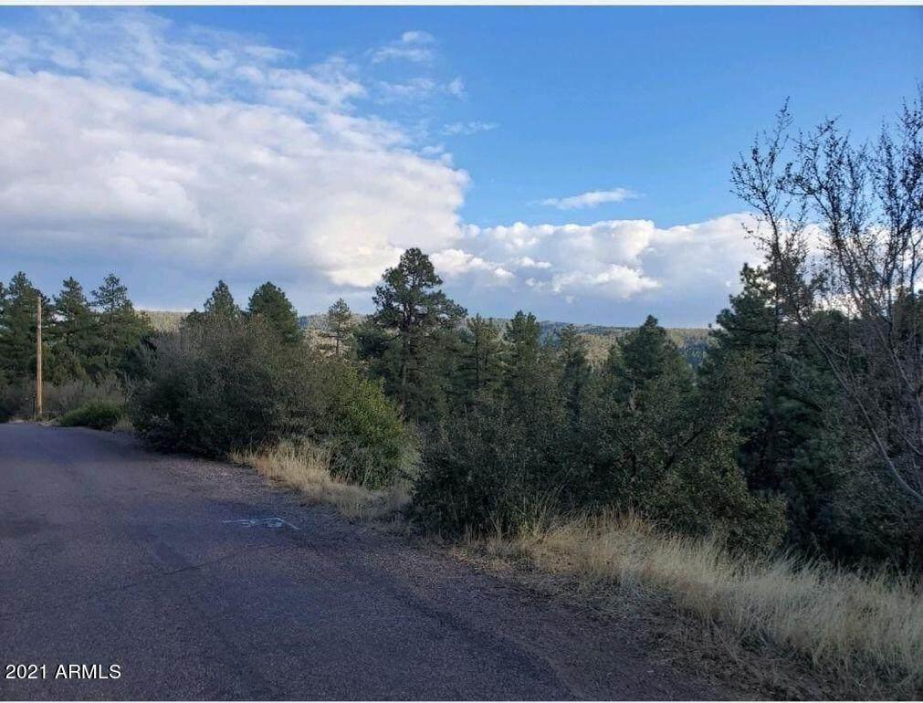 27 Coyote Drive - Photo 1