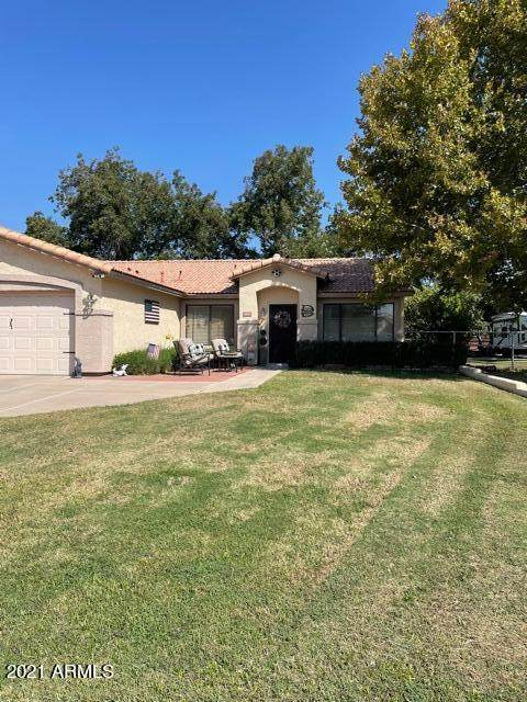 8714 W C P Hayes Drive, Tolleson, AZ 85353 (MLS #6293298) :: Hurtado Homes Group