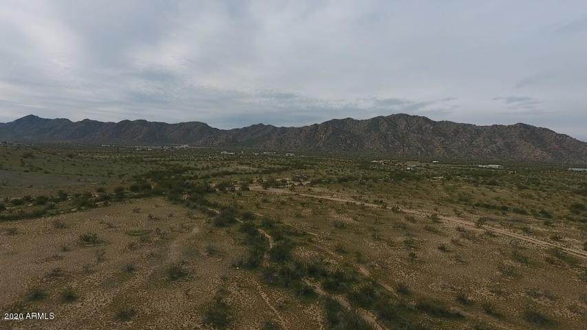 16 Desert Garden Road - Photo 1