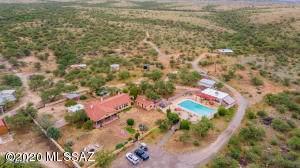 12050 S Desert Sanctuary Road, Benson, AZ 85602 (MLS #6294552) :: Klaus Team Real Estate Solutions
