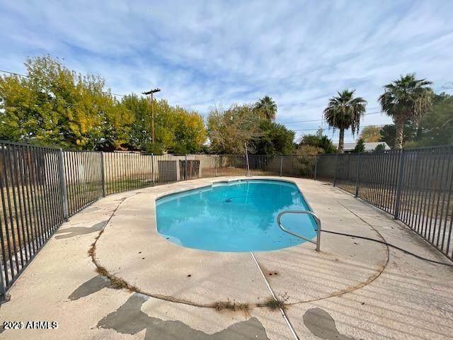 1236 E Mclellan Boulevard, Phoenix, AZ 85014 (MLS #6294723) :: The Laughton Team