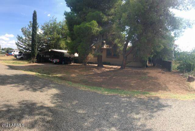 17199 E Meadow Lane, Mayer, AZ 86333 (MLS #6296459) :: Yost Realty Group at RE/MAX Casa Grande